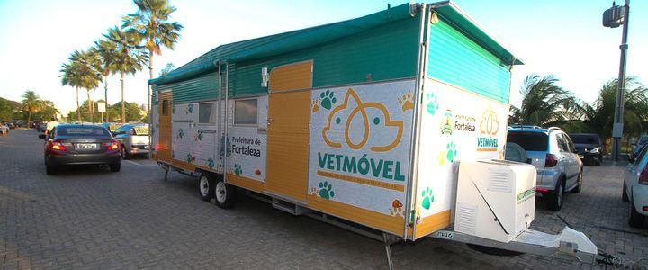 Fortaleza ganha trailler itinerante de serviços veterinários gratuitos