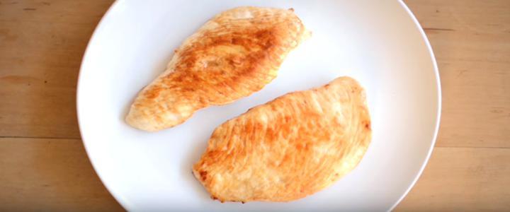 Vídeo chocante mostra história de um pedaço de frango